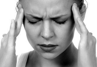 частые распирающие головные боли - признак ликворной кисты головного мозга