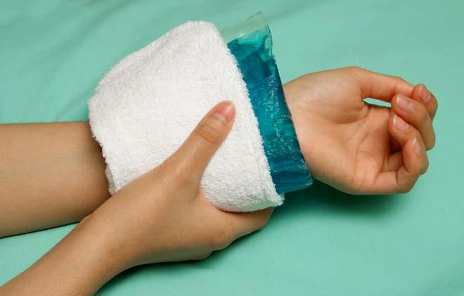 Мазь от гигромы: лечение, применение, эффективность